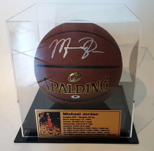 Michael Jordan signed Spalding basketball
