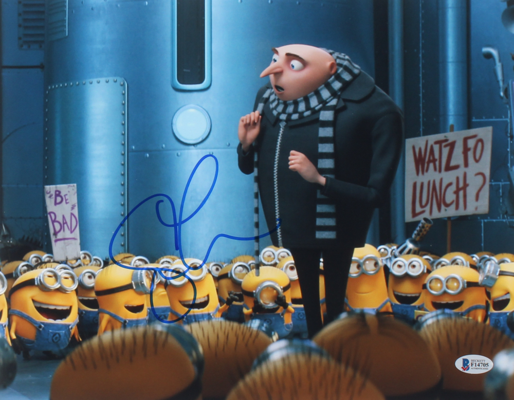 "Steve Carrell Personally Signed ""Despicable Me"" Photo (Beckett COA)"