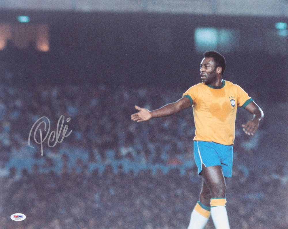 "Pele Hand-Signed ""Team Brazil"""