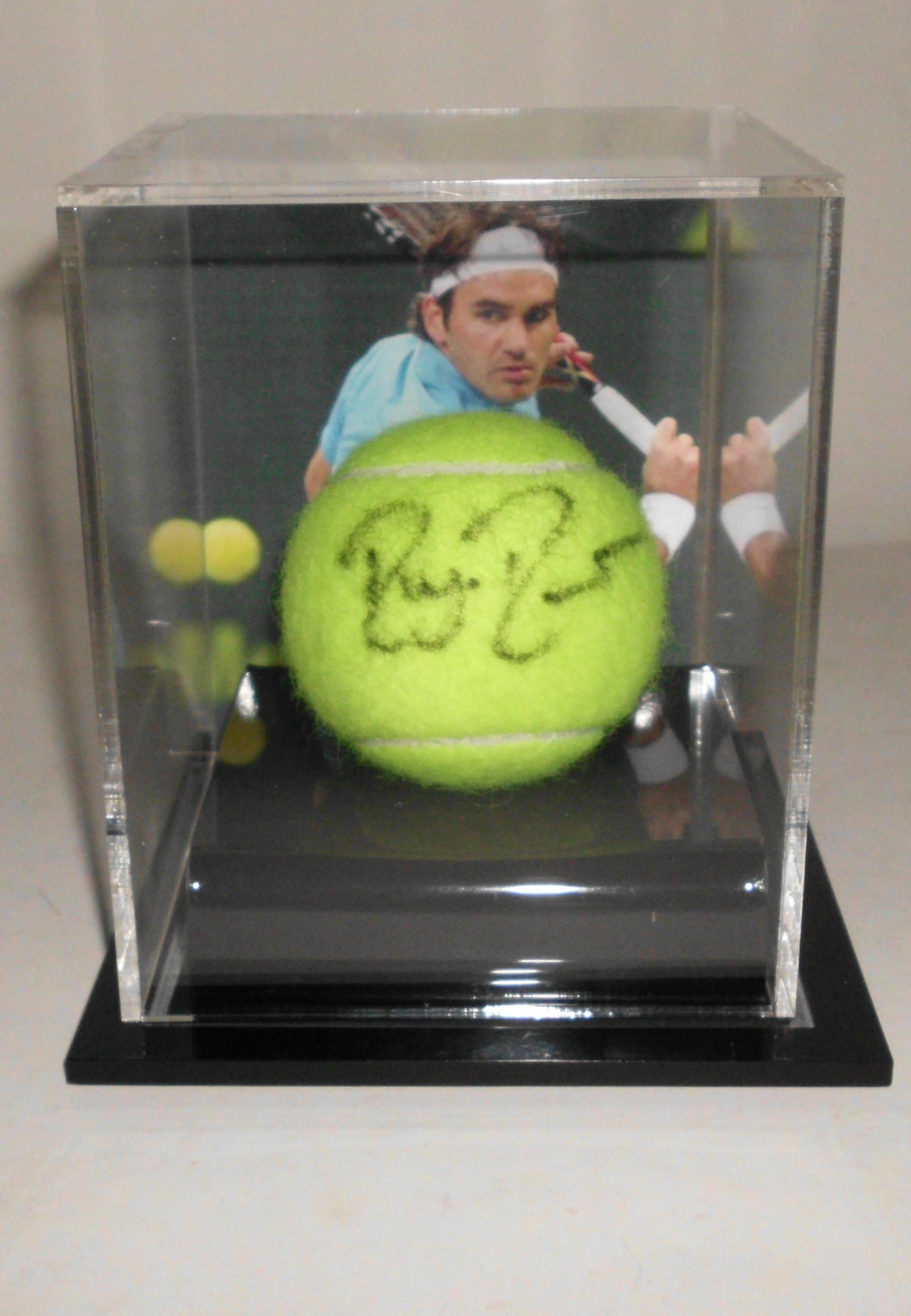 Roger Federer Personally Signed Tennis Ball in Display Cube