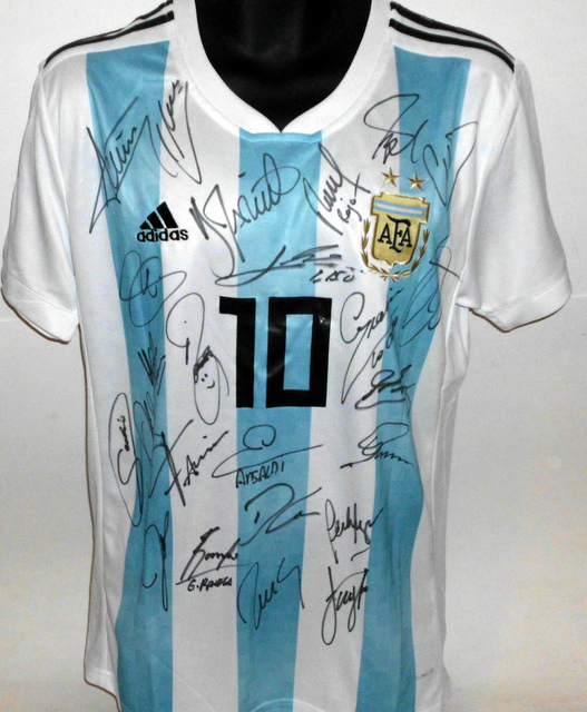Argentina 2018 FIFA World Cup Team Signed Jersey
