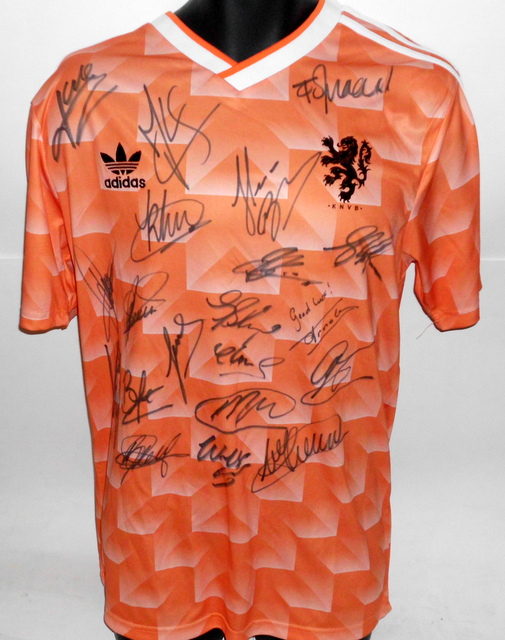 Holland (The Netherlands) 1988 European Champions Team Signed Jersey