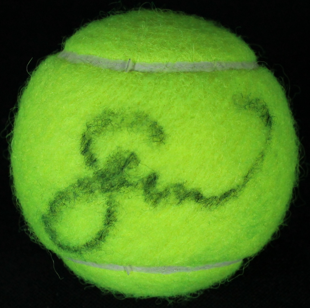 Serena Williams signed tennis ball in display cube