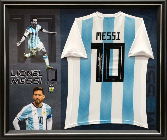 Leo Messi Personally Signed Argentina Jersey