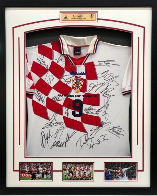 Croatia 1998 World Cup Team Signed Jersey